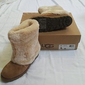 Ugg Maylin Boots